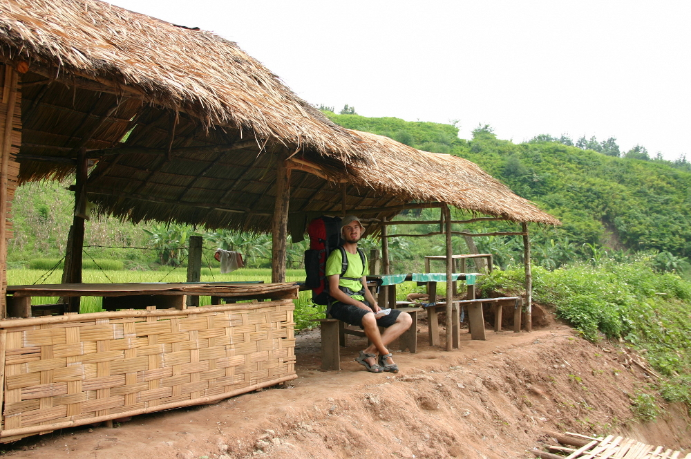 Домик у рисового поля Лаос