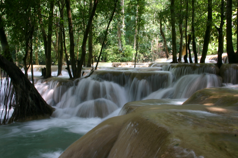 Водопады Tad Sae