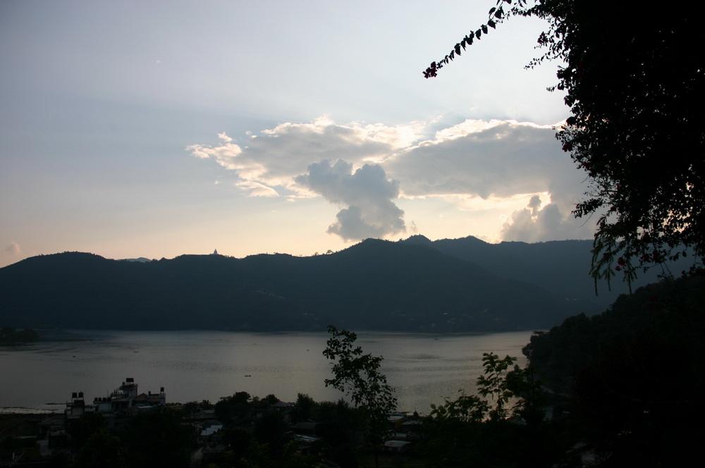 Озеро в Покхаре, закат