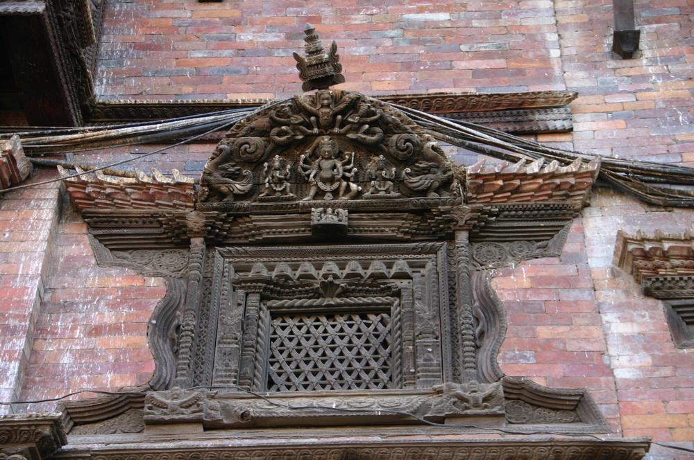 Деревянные барельефы Бхактапур