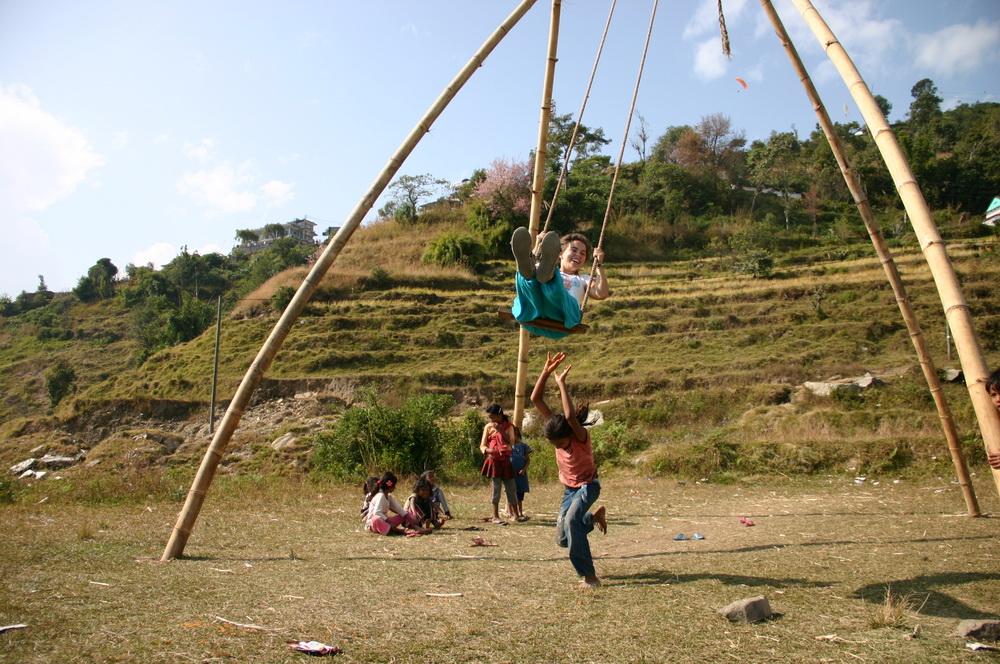 Качели в Непале