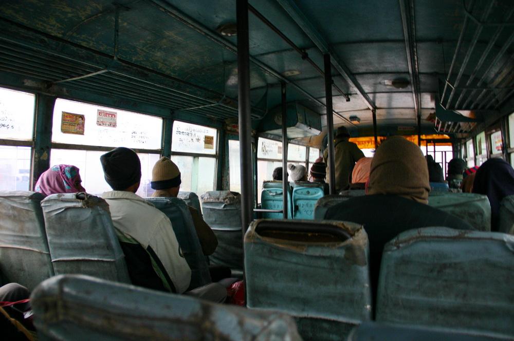 Индийский автобус Сонаули